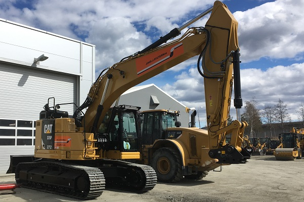 272 CAT 335 FL CR