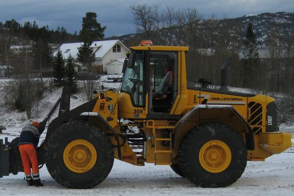 309 VOLVO L110 F