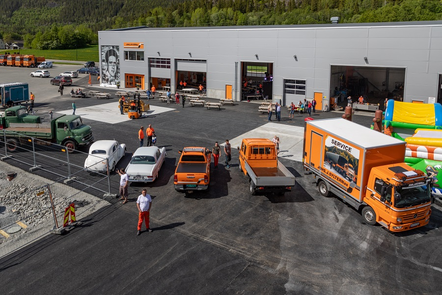 Vårt verkstedbygg i Åfjord. Foto: Petter Bueng